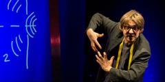 """""""Emozionare con la scienza"""" - Workshop con Andrea Brunello, fisico, attore e direttore teatrale"""